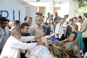 Start reconstruction Arson affected people at Charkawa
