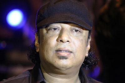 aiyub-bacchu-bangladesh-band-guiter-legend আইয়ুব বাচ্চু