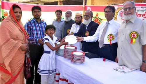 barisal-public-school বরিশাল পাবলিক স্কুলের পুরস্কার বিতরণ