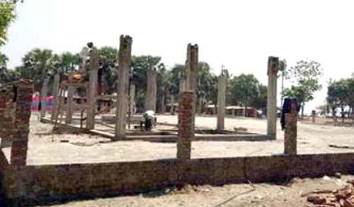 কুয়াকাটা সমুদ্র সৈকতে নির্মাণ হচ্ছে 'ট্যুরিজম পার্ক'
