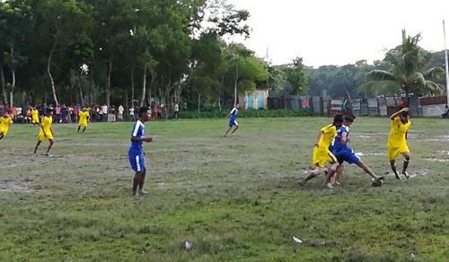 আমতলীতে বঙ্গবন্ধু গোল্ডকাপ ফুটবল টুর্নামেন্ট শুরু