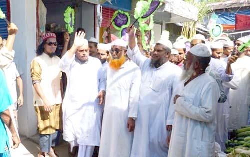 কাউখালীতে ইসলামী আন্দোলনের প্রার্থী কালামের গণসংযোগ