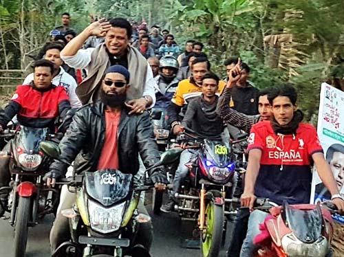 কাউখালীতে চেয়ারম্যান প্রার্থী মিলটনের গণসংযোগ
