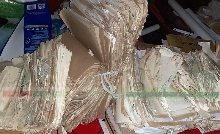 কলাপাড়া ভূমি অফিসের বহু নথি নষ্ট,ভুমিখেকোদের পোয়াবারো