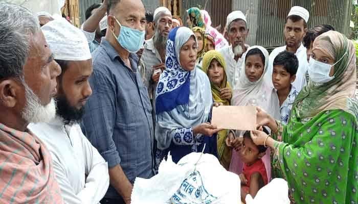 নারায়ণগঞ্জ ট্র্যাজেডি: পটুয়াখালীর নিহত ৫ জনের পরিবারকে প্রশাসনের সহায়তা